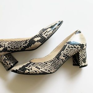 Marc Fisher carrie snakeskin heels 6.5